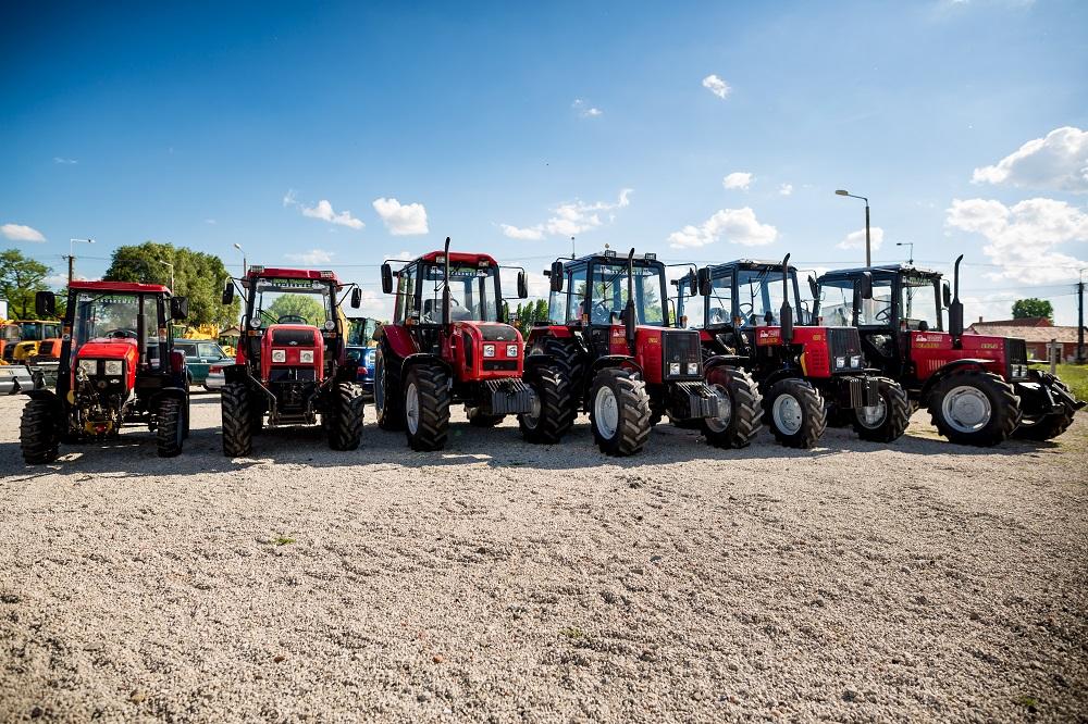 Eladó traktorok Kecskeméten