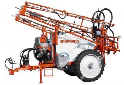 Gaspardo Campo C vontatott szántóföldi permetező